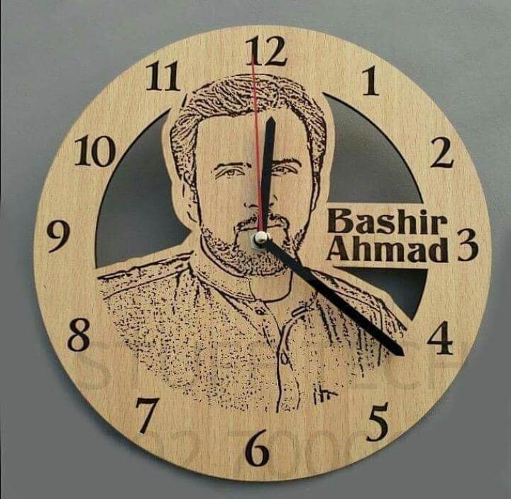 Customized Wooden Engraved Table Clock